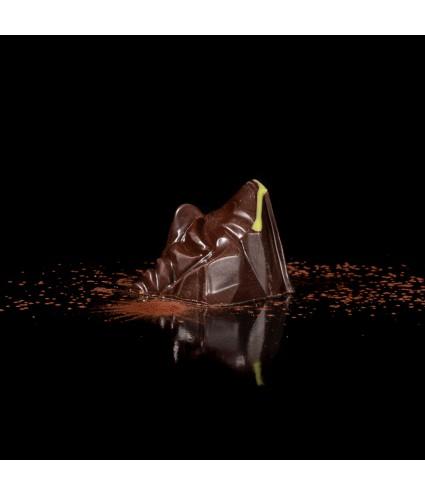 Le 4806 : Ganache chocolat noir, zestes de citron et son jus